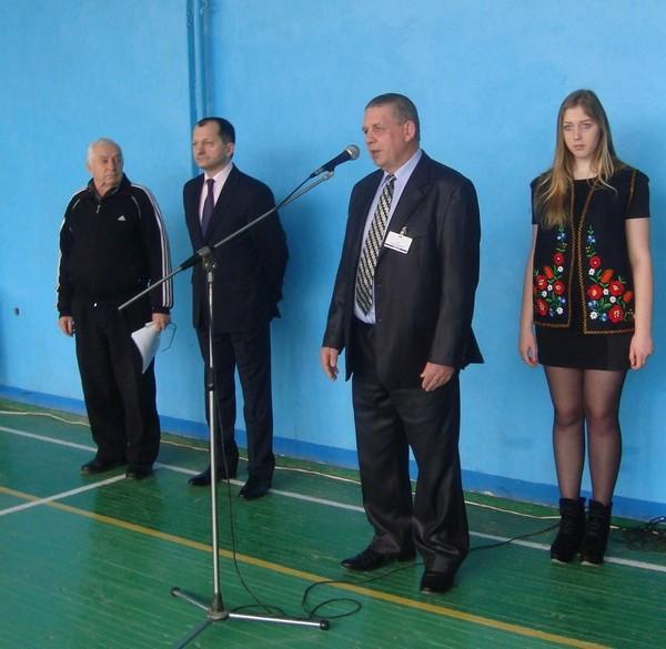 Директор привітав учасників змагань