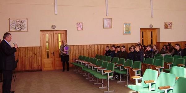 Виступ директора Гнипа В.Д. перед гостями