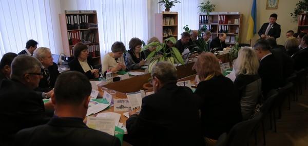 Нарада директорів обговорює питання освіти ПТНЗ