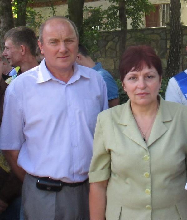 Майстер в/н Яців В.Д. та класний керівник випускної групи РТМ-31 Ковбаса Л.С.
