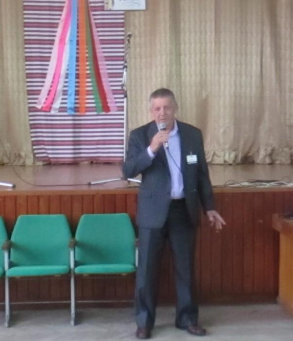 З привітанням до педагогічного колективу звертається директор ВПУ СОТ Гнип Василь Дмитрович