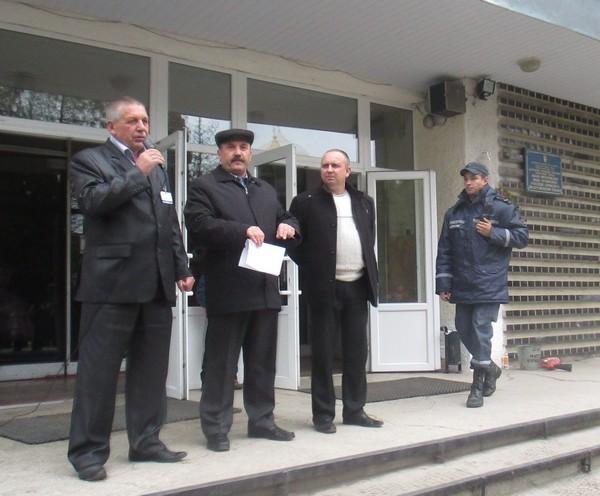 Виступ директора ВПУ СОТ перед педагогічним та учнівським колективом